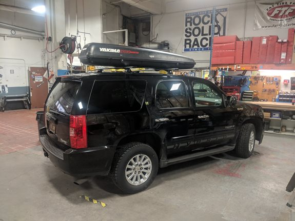 Chevrolet Tahoe Hybrid Base Roof Rack Systems installation