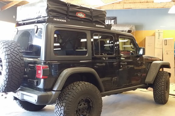 Jeep Wrangler JK Unlimited 4DR Base Roof Rack Systems installation