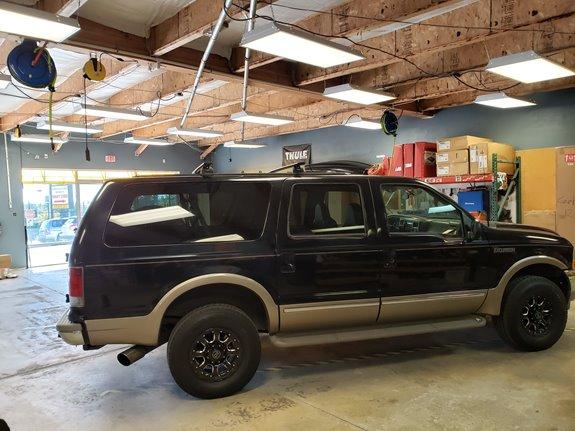 Thule Ski Rack >> Ford Excursion Rack Installation Photos