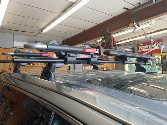 Toyota Highlander Base Roof Rack Systems installation