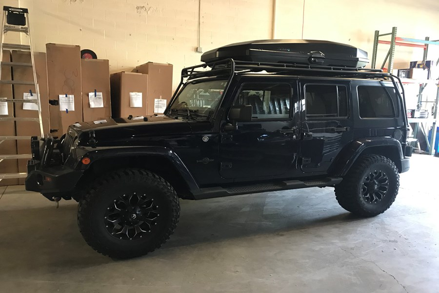 Jeep Wrangler JK Unlimited 4DR Cargo & Luggage Racks installation