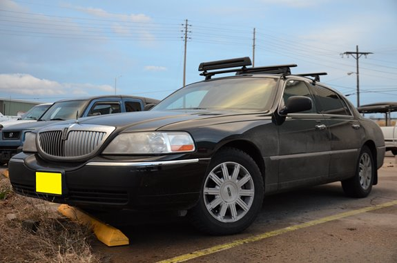 Best Hitch Mount Bike Rack >> Lincoln Town Car 4dr Rack Installation Photos