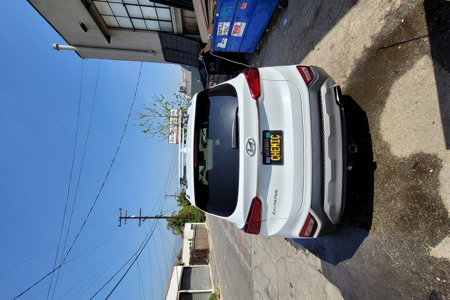 Hyundai Santa Fe / Santa Fe Sport Base Roof Rack Systems installation