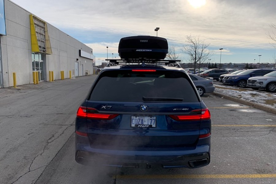 BMW X7 Cargo & Luggage Racks installation