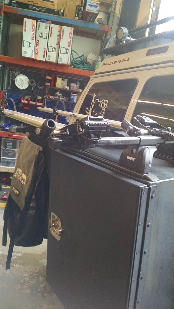 Ford Vans E Series Rack Installation Photos