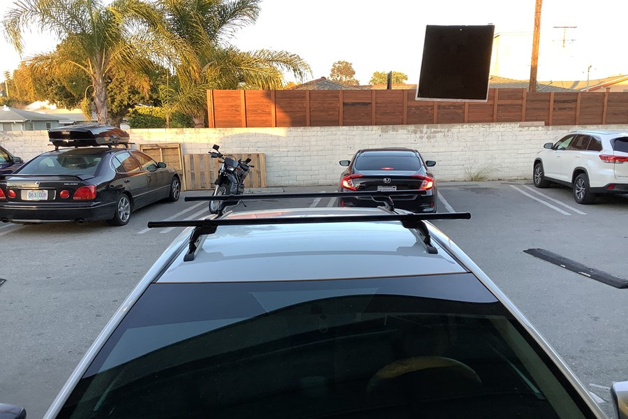 Toyota Corolla 4dr Base Roof Rack Systems installation