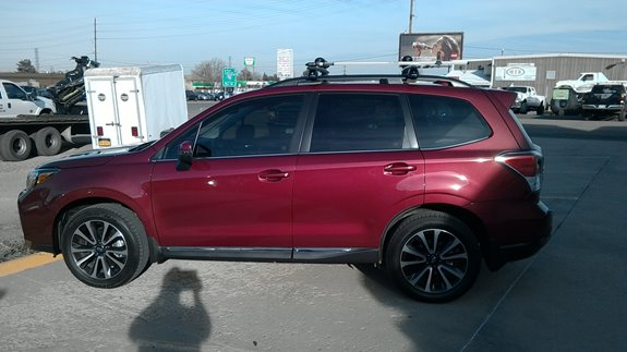 This Is A Yakima Base Rack And Ski Rack On 2017 Subaru Forester