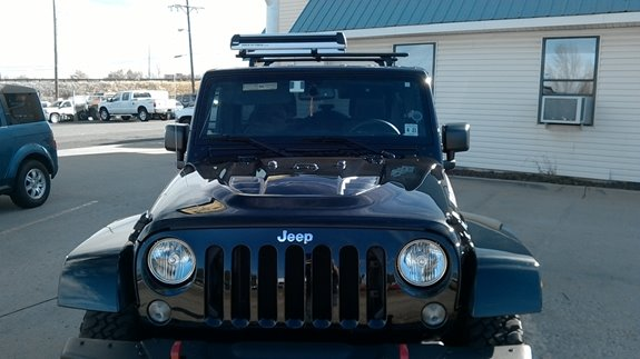 Custom Tracks With A Thule Roof And Ski Rack On A 2016 Jeep Wrangler  Hardtop Rubicon (Rack Attack Golden)