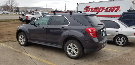 Chevrolet Equinox Base Roof Rack Systems installation