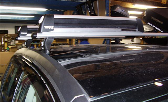 Dodge Caliber Thule Tracks Tk R Rapid Tracker Rb Bars Flat Top Locks
