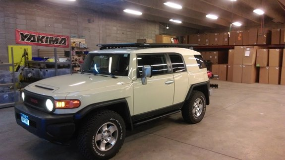 Toyota FJ Cruiser Base Roof Rack Systems installation