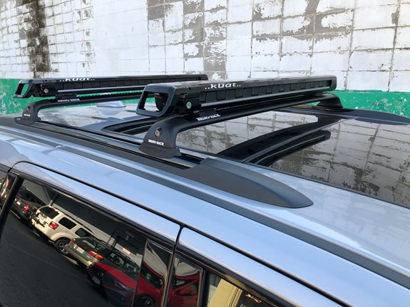 Jeep Grand Cherokee Ski & Snowboard Racks installation