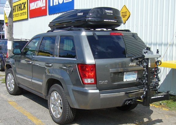 This Is A Custom 2006 Jeep Grand Cherokee Hitch Mount Bike Rack And Cargo  Box/cargo Carrier Roof Rack System (Rack Attack Vancouver)