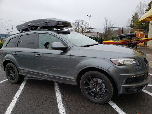Audi Q7 Cargo & Luggage Racks installation