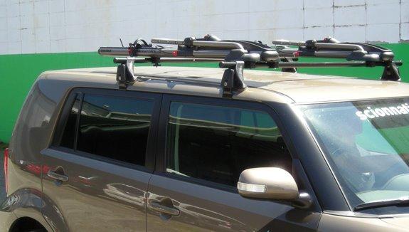 Scion Xb Yakima Q Q Towers Crossbars Highrollers Locks