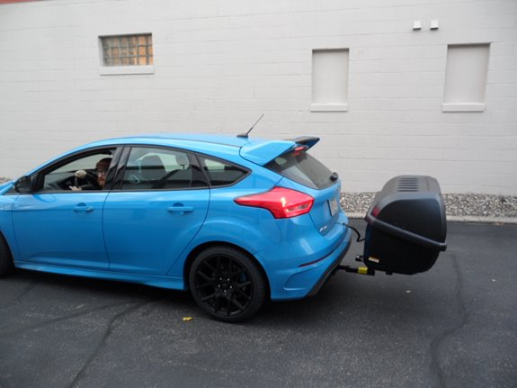 Ford Focus RS Cargo & Luggage Racks installation