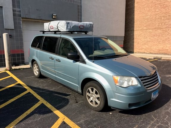 Chrysler Town & Country dual door Camping installation